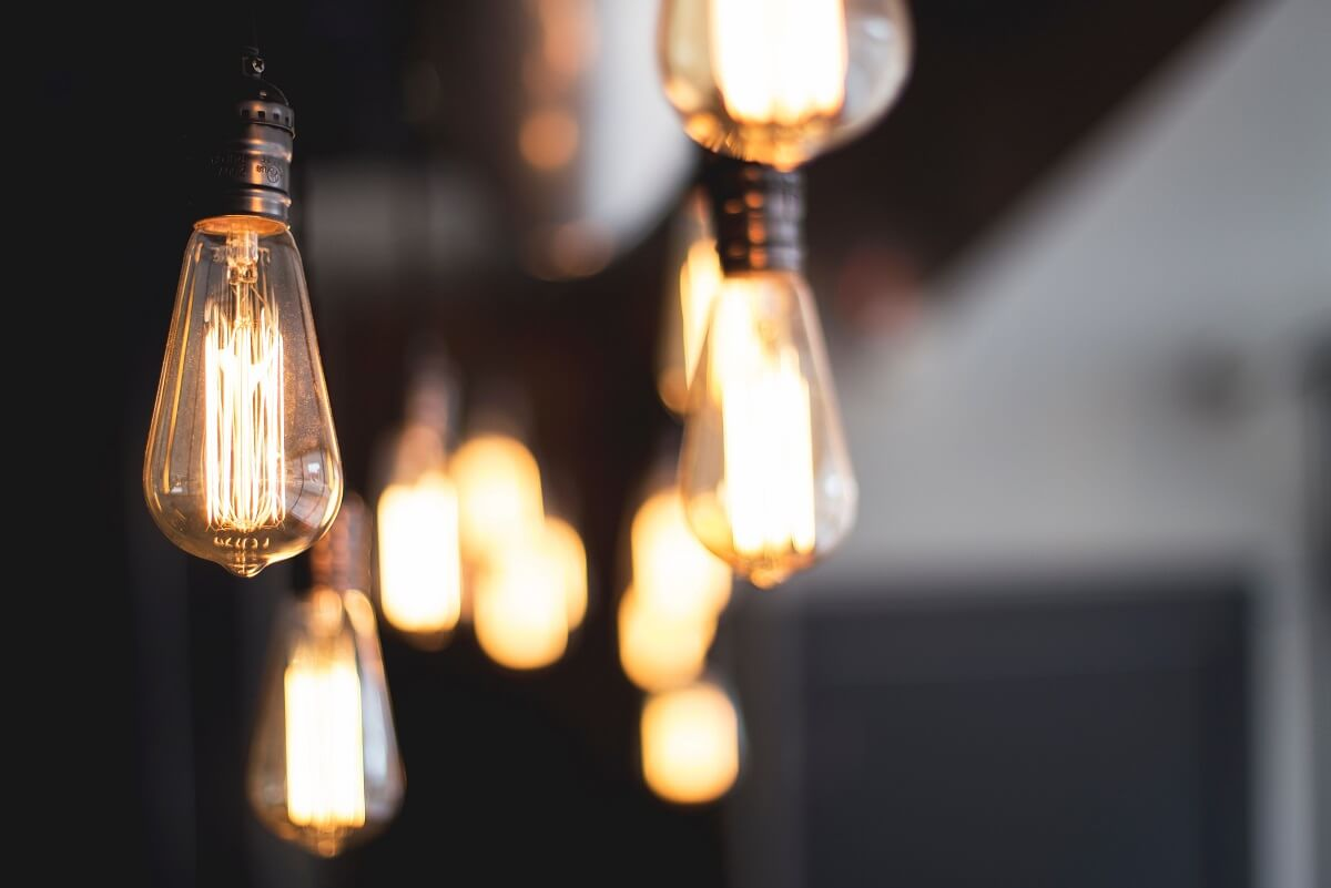 Žiarovky a LED